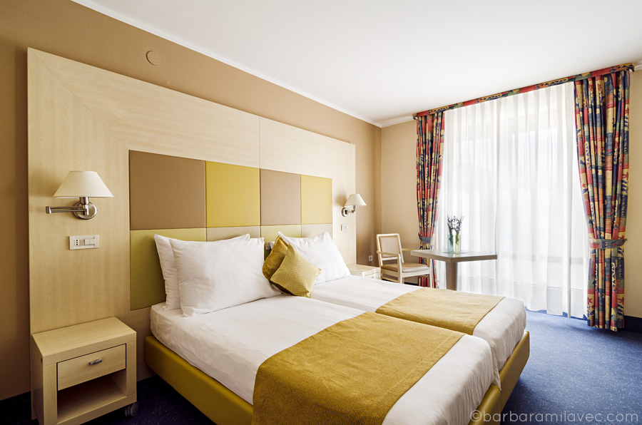 10hotelDelfinSoba